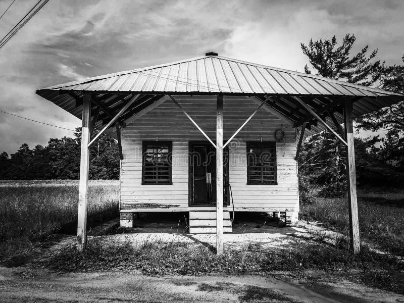 Övergett landslager fotografering för bildbyråer