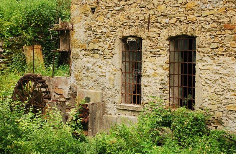 Download Övergett mala nära Salino arkivfoto. Bild av europa, disused - 37344942