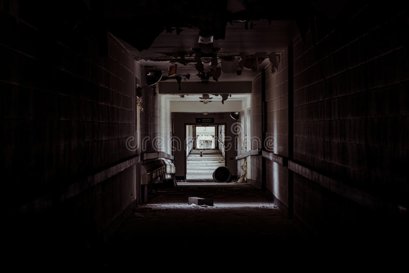 Övergett sjukhus - Brecksville veteranadministration - Ohio royaltyfri foto