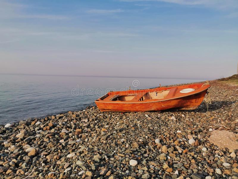 Övergiven fisherman& x27; s-fartyg royaltyfria foton
