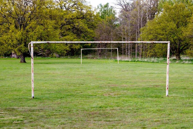 Övergiven fotbollport royaltyfria foton