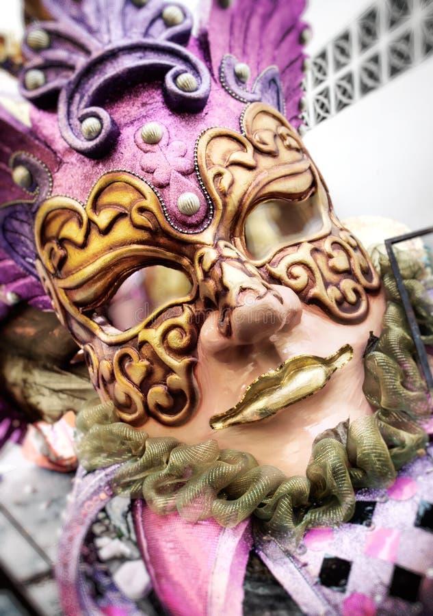 Övergiven karnevalflöte arkivbilder