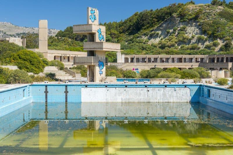 Övergiven lido på Rhodes, Grekland royaltyfri foto
