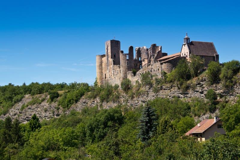 Övergiven medeltida slott i Provence royaltyfri foto