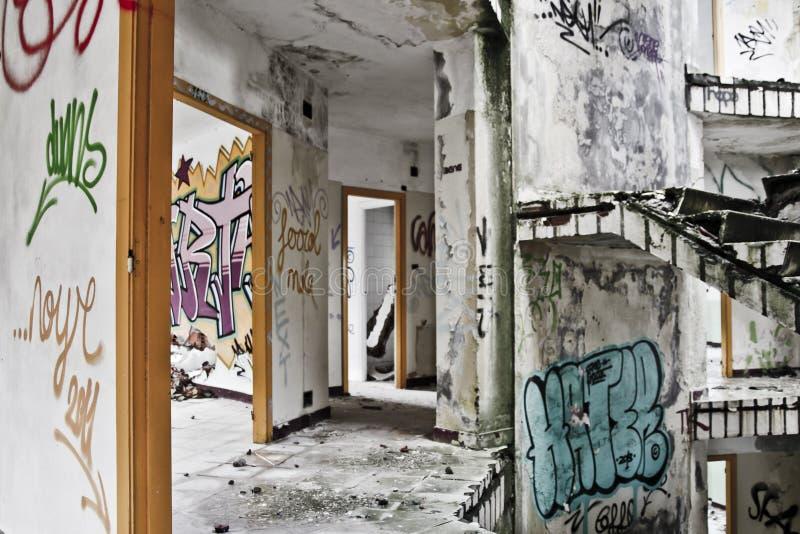 Download Övergiven skola arkivfoto. Bild av fotografi, lägen, lokal - 37347844