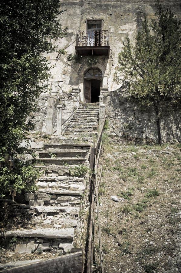 övergiven slott royaltyfria bilder