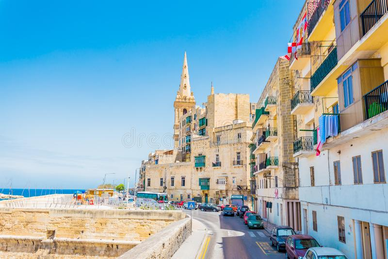 Översikt över ett hörn av Birgu i Valletta, huvudstad i Malta arkivbild