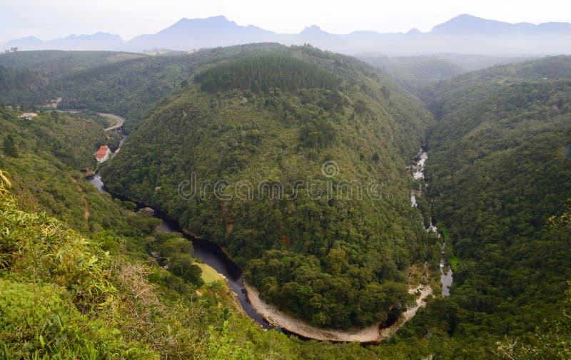 'Översikt av Afrika', flygbild av Kaaimansen River Valley, vildmarknationalpark arkivfoton