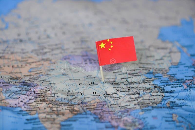 Översikt med flaggan av Kina royaltyfria foton