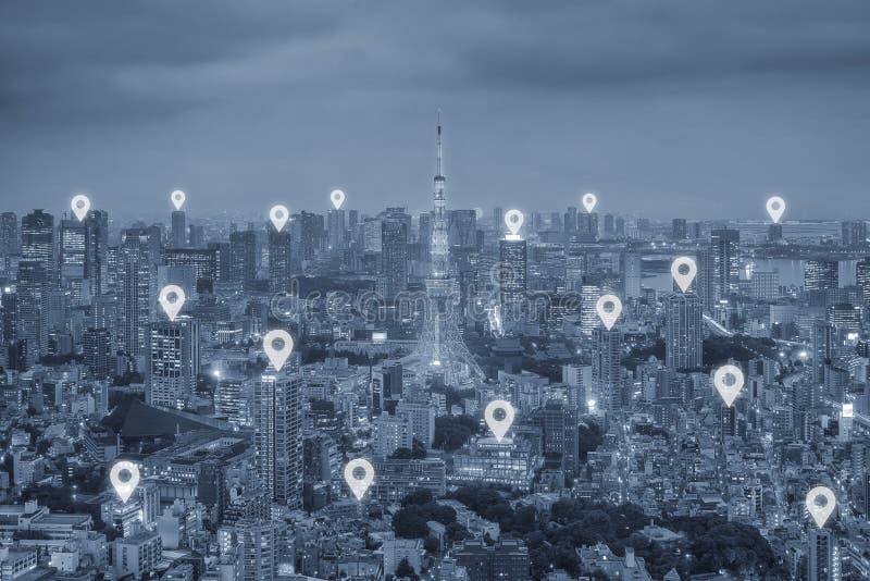 Översiktsstiftlägenhet ovanför Tokyo stadsscape och conce för nätverksanslutning royaltyfria bilder