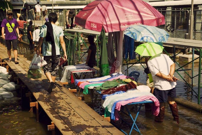översvämmad områdesbangkok chatuchak royaltyfria bilder