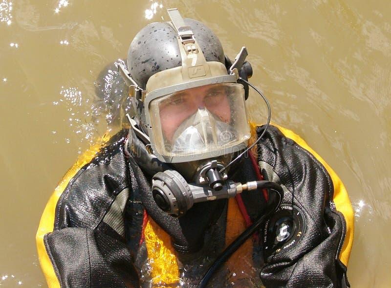 Övervaka dykenheten på händelsen, sökandet och återställningen arkivfoton