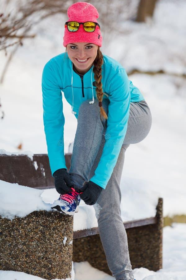 Övningar i vinteraura royaltyfria foton