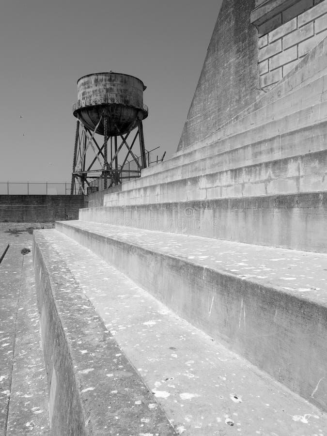 Övningsgård på det Alcatraz fängelset royaltyfri fotografi