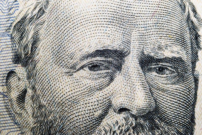 Övre siktsstående för slut av Ulysses S Lån på den en räkningen för dollar femtio Bakgrund av pengarna räkning för dollar 50 med  arkivfoto