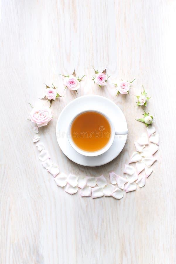 Övresikt av en kopp te arkivbild