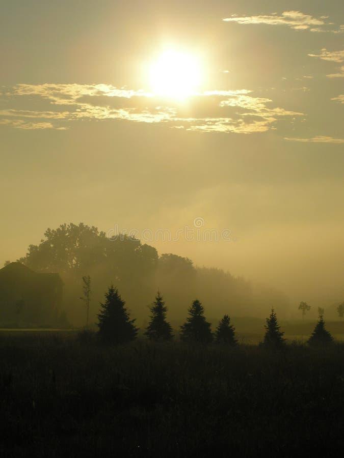 Download Última Salida Del Sol Brumosa Imagen de archivo - Imagen de sunrise, mañana: 176751