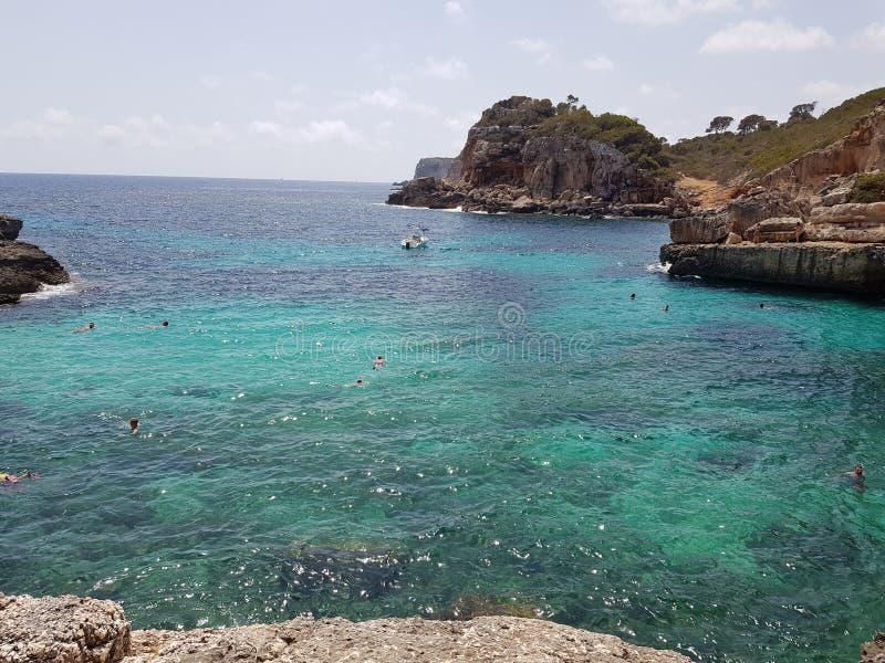 Único dreamy Cala S'Almonia, Mallorca, España imagenes de archivo