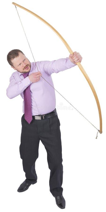 Übendes Bogenschießen des Geschäftsmannes auf weißem Hintergrund stockfotos