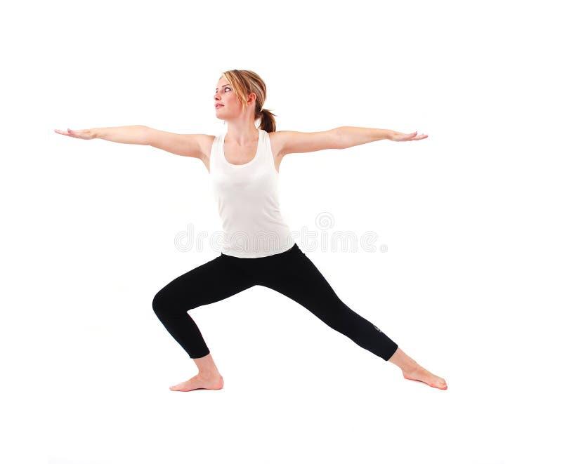 Übendes Yoga des schönen Mädchens lizenzfreies stockfoto