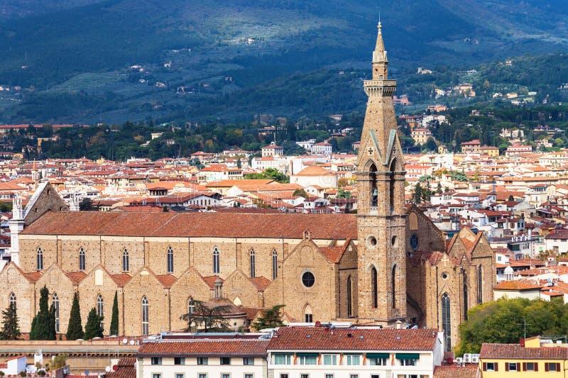 Über Ansicht Basilika Santa Croce in Florenz-Stadt stockfoto