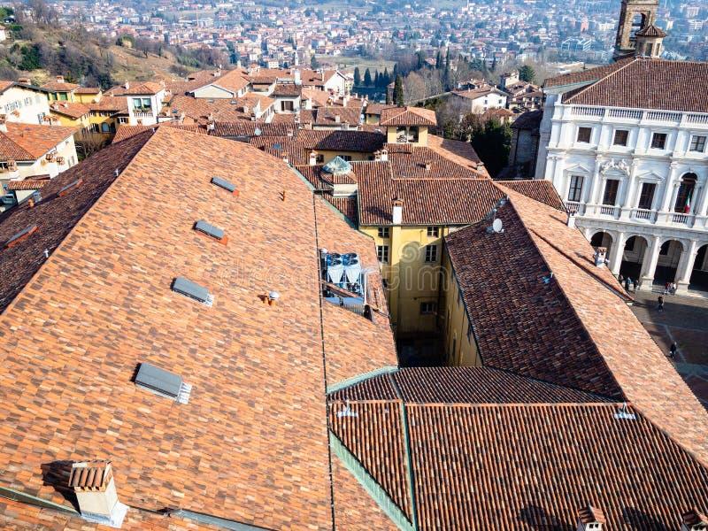 über Ansicht des Nordens von Bergamo-Stadt stockfotografie