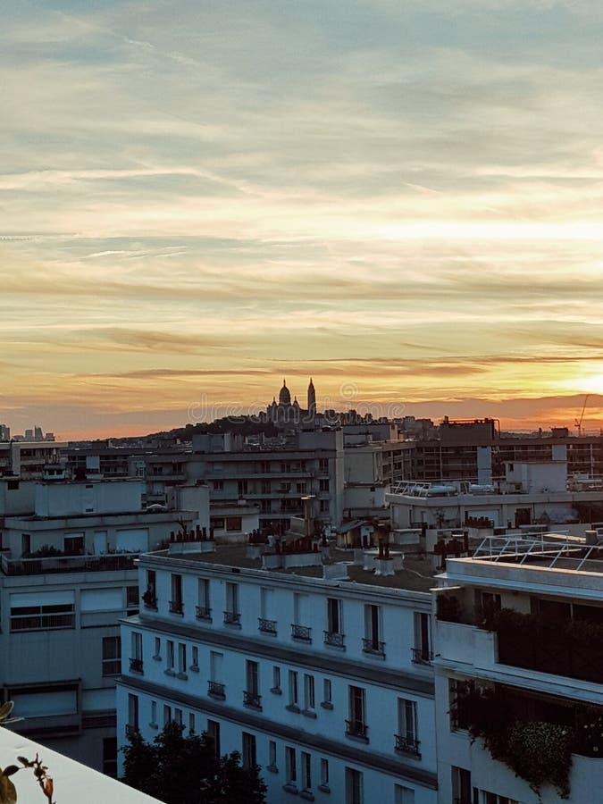 Über Ansicht von Paris und dem sacre coeur von monmartre, Paris, Frankreich stockbilder