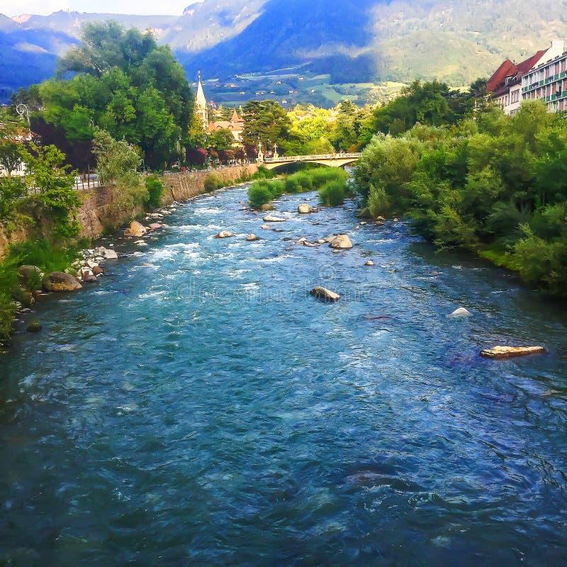 Über den Bergen im schönen Tirol stock photography