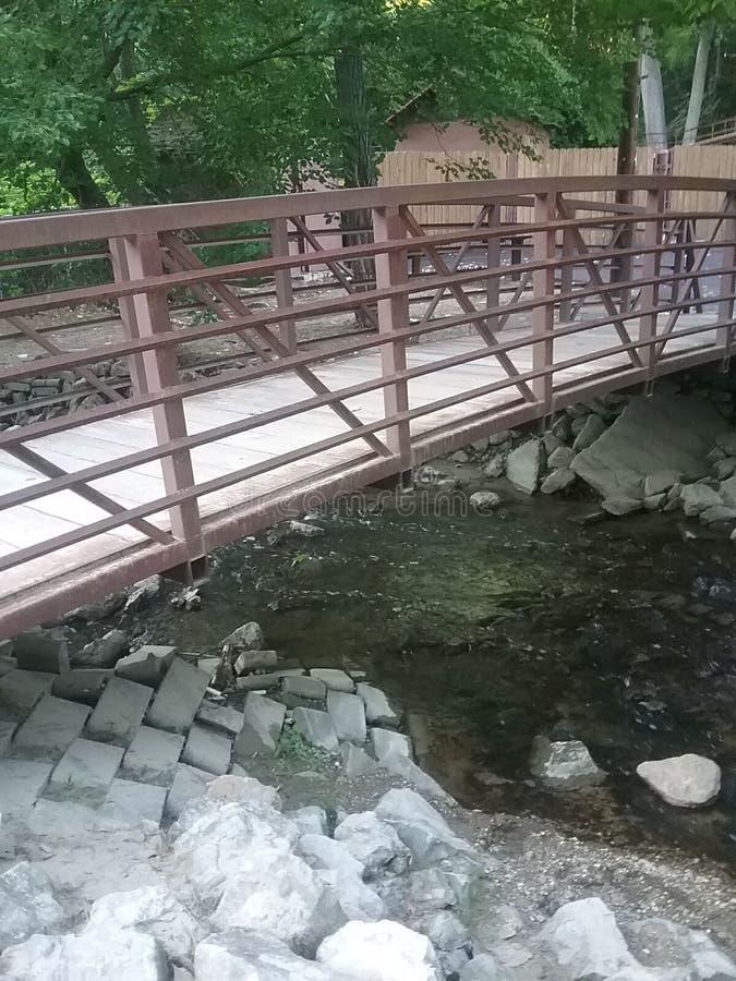 Über der Brücke lizenzfreies stockfoto