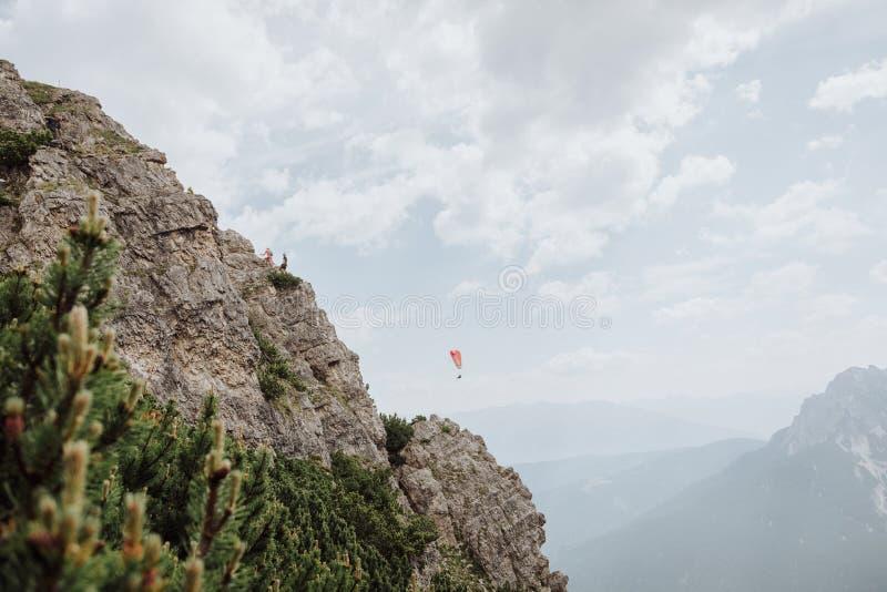 Über Ferrata, das in Österreich klettert lizenzfreie stockfotos
