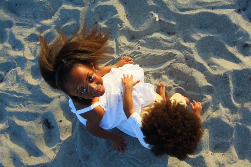 Über Kindern lizenzfreies stockfoto