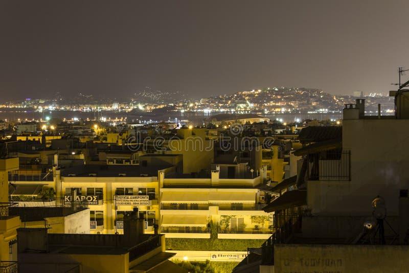 Überdachen Sie Draufsicht über Buchtbereich in Athen stockfotos