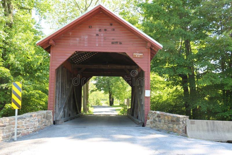 Überdachte Brücke 23 stockbild