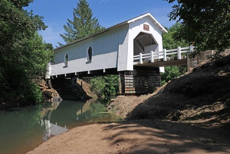 Überdachte Brücke - Oregon lizenzfreie stockbilder