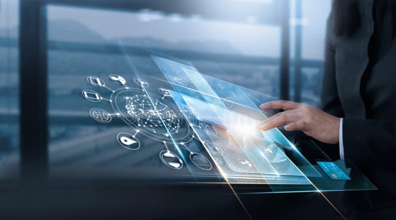 Übergeben Sie Note virtuellen Schnittstellenkunden, Technologieinnovation stockbild
