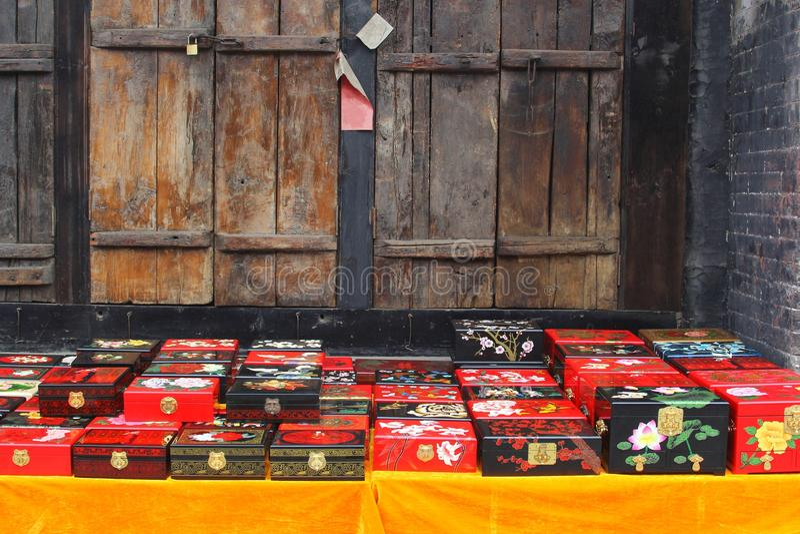 Übergeben Sie panited Kästen mit Tee des traditionellen Chinesen, Pingyao, China stockbilder