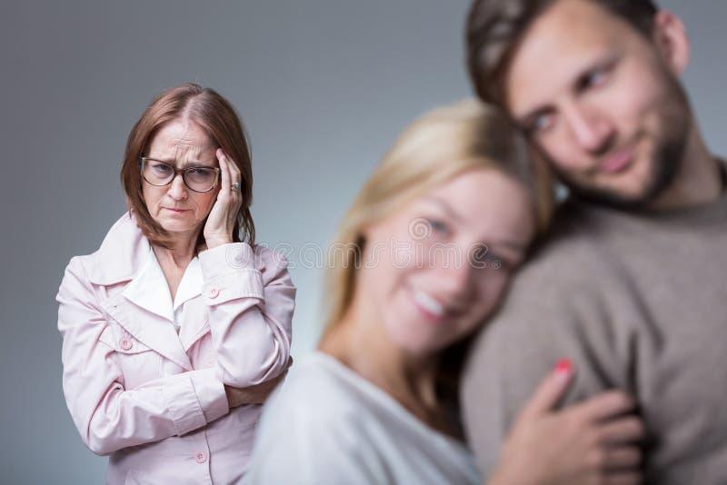 Überprotektionsneidmutter lizenzfreies stockbild