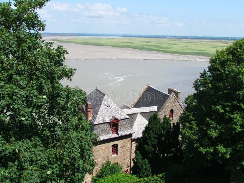 Überraschende Ansicht von Abtei Saint Michel stockfotos