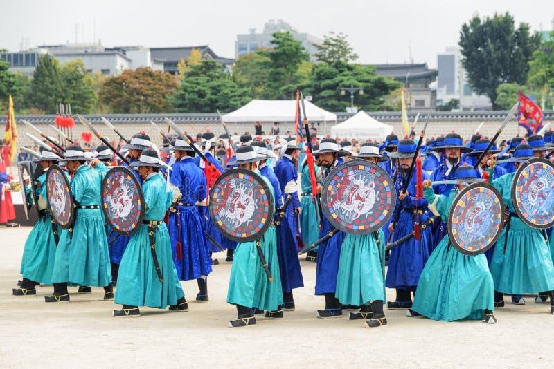 Überraschende Leistung mit historischer Rekonstruktion, Südkorea lizenzfreie stockfotos