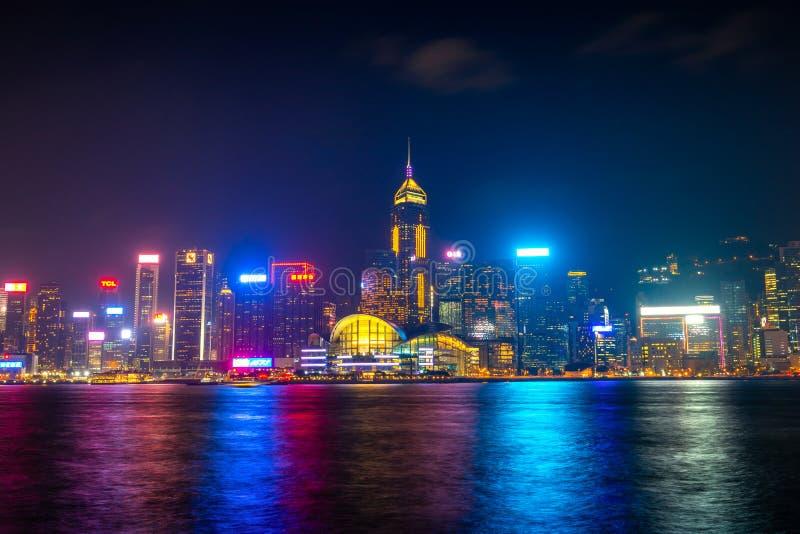 Überraschende Stadtlichter von Victoria-Hafen, Hong Kong stockbild