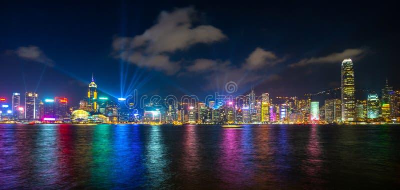 Überraschende Stadtlichter von Victoria-Hafen, Hong Kong stockbilder
