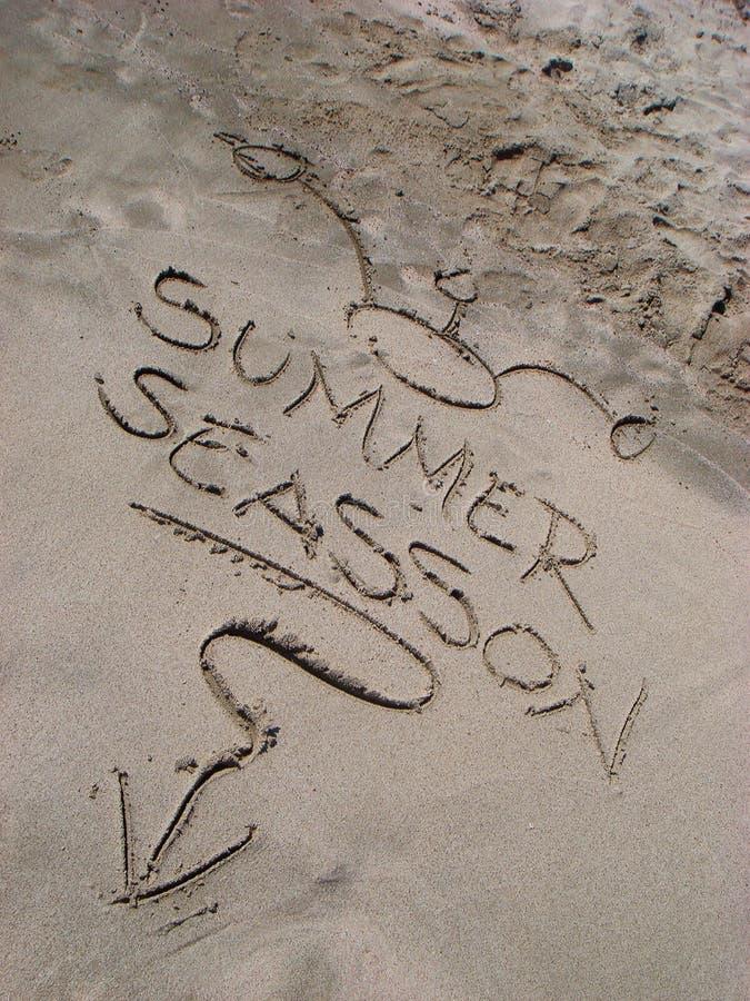 Überraschender griechischer Inselausflug Sommersaisontext Karpathos ganz um Hintergrundtapetenkleingedruckten stockfotografie
