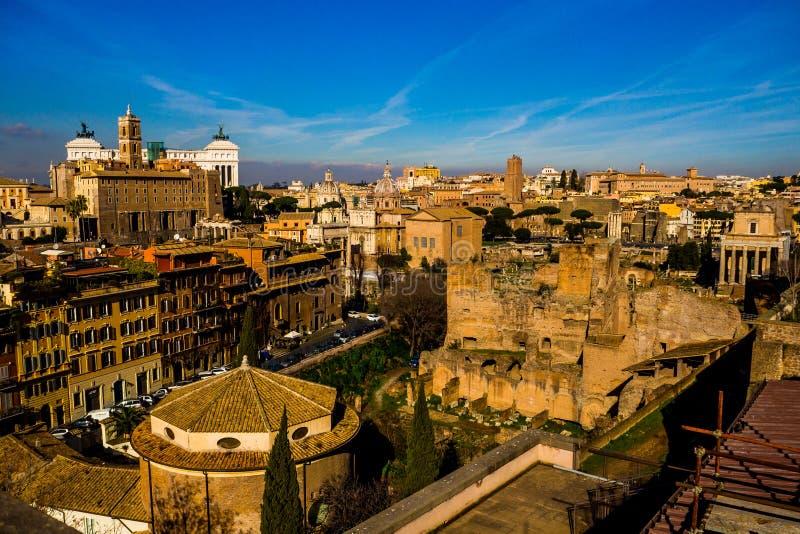 Überraschender sonniger Tag in Rom lizenzfreie stockbilder