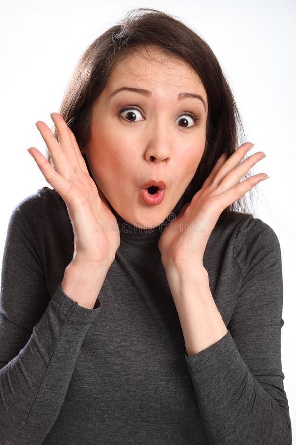 Überraschter Ausdruck von der schönen Frau lizenzfreies stockfoto