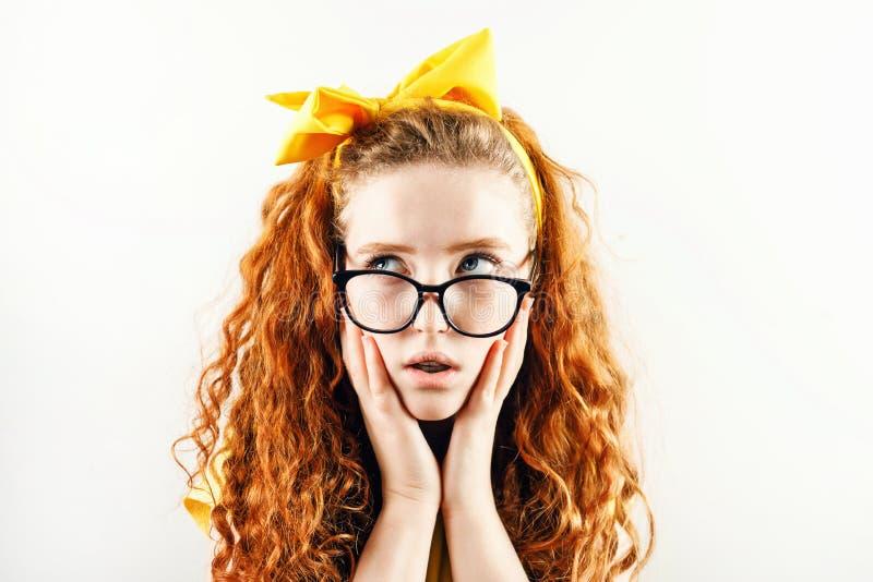 Überraschter Ginger Girl lizenzfreies stockbild