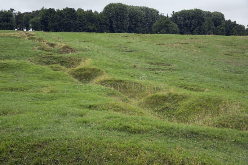 Überreste eines Grabens im Neufundland-Denkmal stockfotos