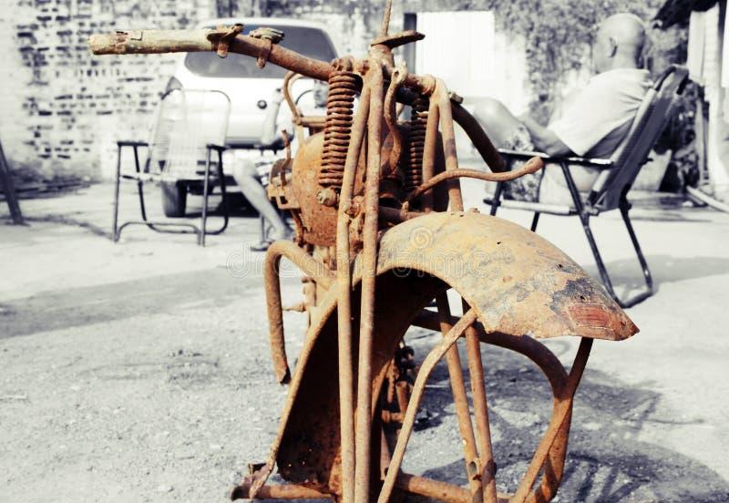 Überreste eines 1925 vorbildlichen Douglas Motorrades lizenzfreies stockbild