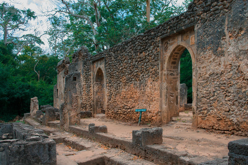 Überreste von Gede in Kenia, Afrika lizenzfreies stockbild