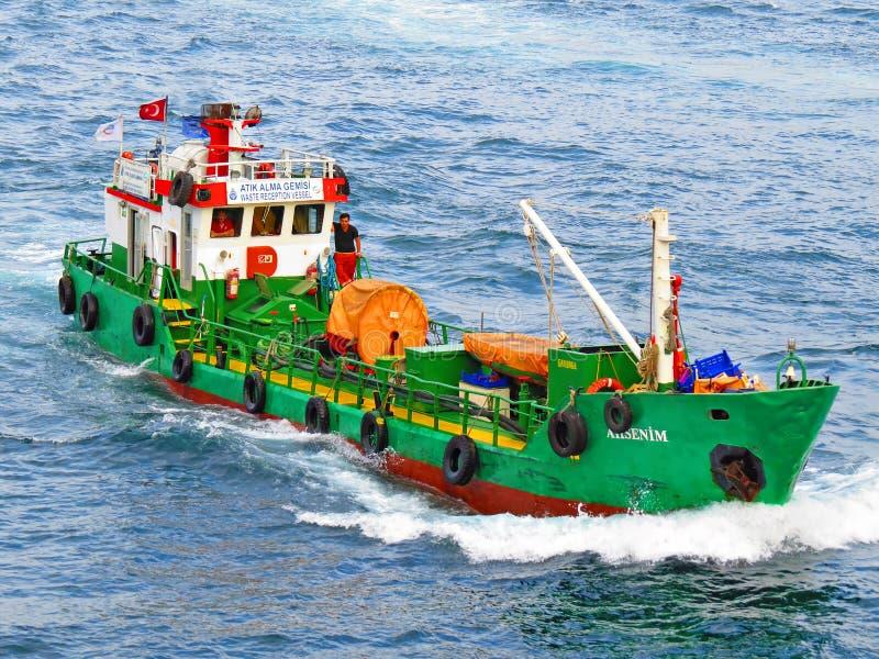 Überschüssiges Aufnahmeschiff lizenzfreies stockbild