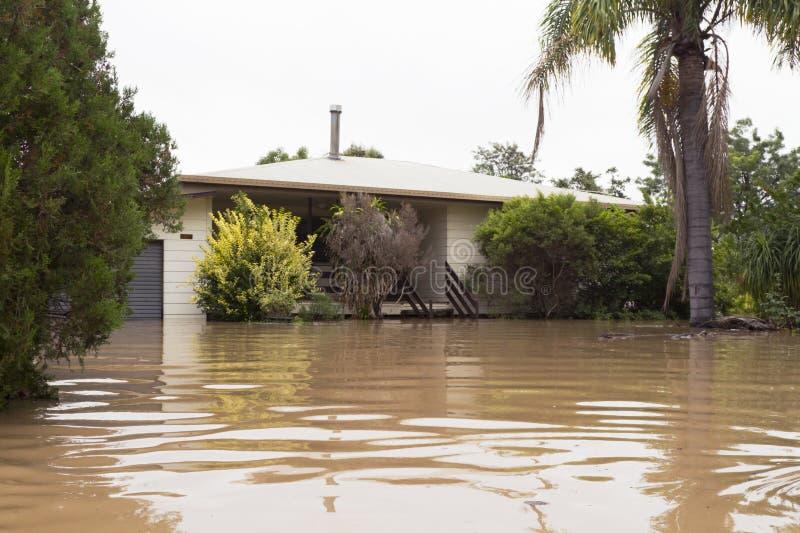 Überschwemmtes Haus lizenzfreie stockfotografie